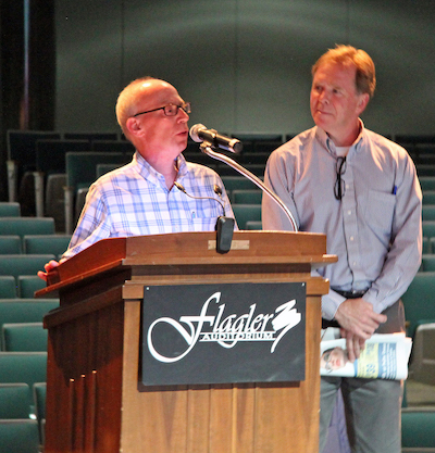 Flagler Flagler News-Tribune Editor Aaron London and Daytona News-Journal Editor Pat Rice address Readers' Choice winners.
